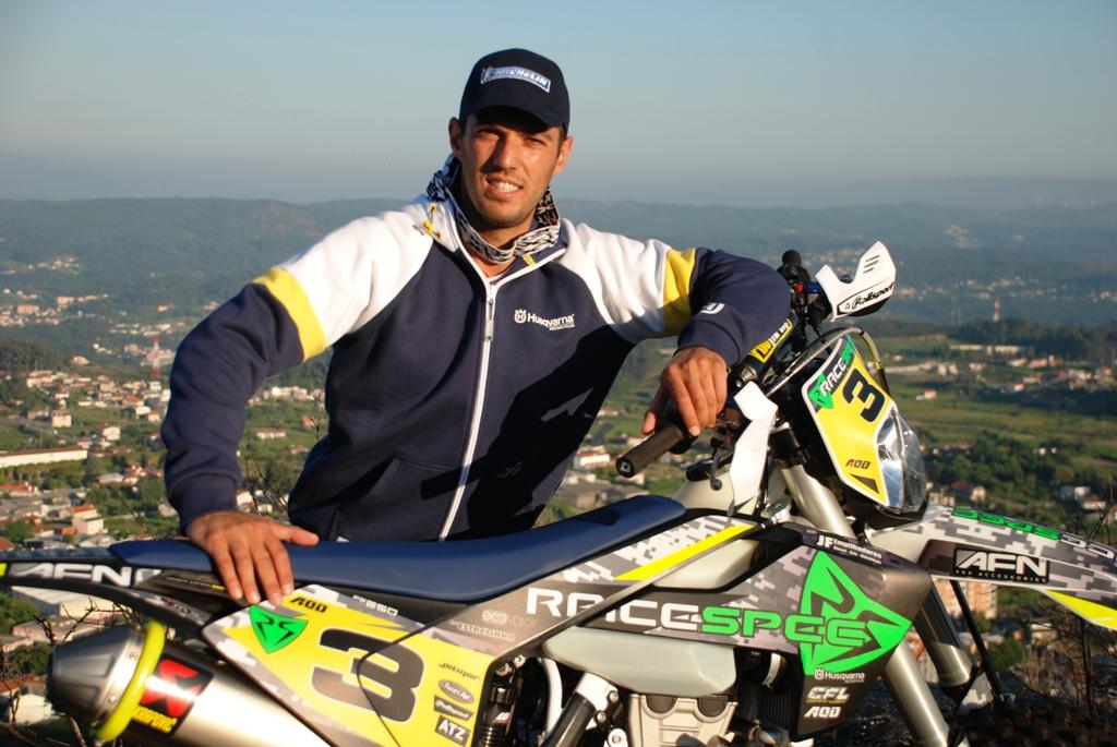 João Ribeiro com Racespec no SuperEnduro